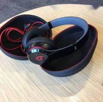 Tai nghe BEAT SOLO 2 WIRELESS secondhand