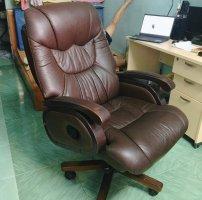 Thanh lý ghế văn phòng- Ghế giám đốc